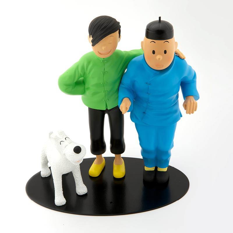 Tintin, Chang and Snowy pos